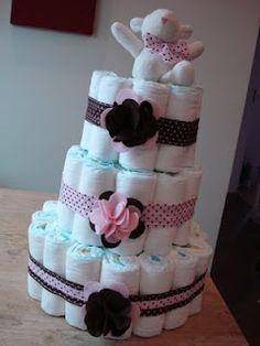 Scrap by Mari: Livro de mensagens com bolo de fraldas