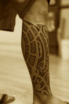 This is just about the style of tattoo I want and the design patterns Calf Tattoo, I Tattoo, Cool Tattoos, Tattoo Pics, Picture Tattoos, Blackwork, Tatting, Tattoo Designs, Tattoo Patterns