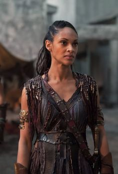 Cynthia Addai-Robinson (Spartacus: War of the Damned) to guest star on The Vampire Diaries as Aja, a powerful witch with a connection to Bonnie's mom. Spartacus Tv Series, Conquest Of Mythodea, Manu Bennett, Spartacus Workout, Medieval, Man Of Honour, A Writer's Life, High Fantasy, Heroes Of Olympus