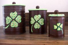 Tin Can Crafts, Diy And Crafts, Paper Crafts, Diy Cans, Aluminum Cans, Wooden Art, Diy Planters, Bottles And Jars, Decoupage