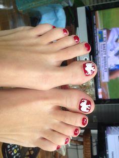 Alabama crimson tide football #nail #design #nailart #rolltide #elephant #bigal #mydesign Alabama Nail Art, Alabama Decor, Toe Nail Art, Toe Nails, Alabama Football Logo, Elephant Nails, University Of Alabama, Toe Nail Designs, Alabama Crimson Tide