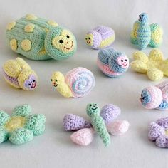 """Watch Maggie review this adorable Baby Bugs and Toys Crochet Pattern! Design By: Donna Collinsworth Skill Level: Easy Size: Mama Bug - 6"""" wide, 8"""" long, 3½"""" high Baby Bugs - 2½ wide, 4"""" long, 2"""" high"""