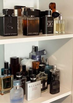 Best Perfume For Men, Best Fragrance For Men, Best Fragrances, Chanel, Allure Homme Sport, Dior, Perfume Display, Apple Laptop, Perfume Collection
