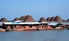 Fabricas de ladrillo en Vinh Long, Delta del Mekong, Vietnam
