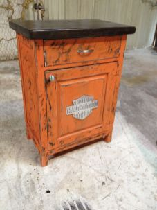 Harley Davidson Kunst, Classic Harley Davidson, Harley Davidson Motorcycles, Harley Davison, Vintage Furniture, Painted Furniture, Diy Furniture, Davidson Homes, Home Bar Accessories