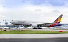 Asiana Airlines 777-200.  This airline is based out of Seoul, South Korea.  Very cool airline.