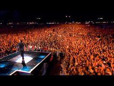 Robbie Williams - Rock DJ ( Live at Knebworth )