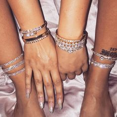 Anklets 2 row diamond dancing anklet Silver/Gold - Diamond dancing anklet 2 row gem embellished stretchy anklet Available in Silver or gold Anklet Bracelet, Anklets, Bracelets, Cute Jewelry, Body Jewelry, Jewelry Accessories, Jewellery, Piercings, Diamond Are A Girls Best Friend