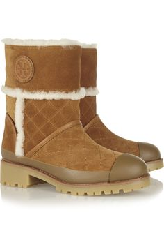 Tory Burch's 'Boughton' boots are ideal for winter commutes or après-ski - the shearling interior and sturdy sole makes them practical and chic. A rubber toeca… Suede Boots, Ugg Boots, Apres Ski, Burberry Brit, Fashion News, Fashion Fashion, Frame Denim, Uggs, Tory Burch