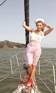 sailing. love this pose