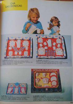 Antigos Apetrechos de cozinha de boneca