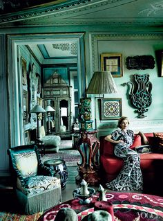 Kate Moss Istanbul Vogue Dec13 ornate boudoir Etro dress photo by Mario Testino, beautiful, but I love the room.