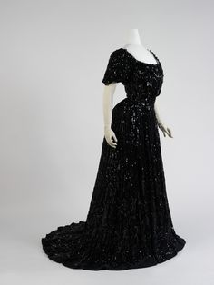 Ball gown ca. 1898 via the Costume Institute of the Metropolitan Museum of Art