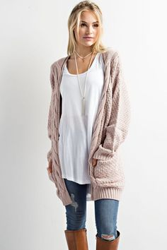 Our Ariel twig cardigan sweater is sure to be go to sweater for this season. Pair this over-sized cardigan with your favorite pair of jeans and booties for the perfect day time casual look.
