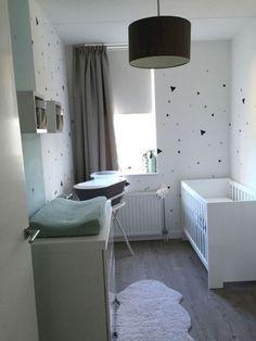 23 Awesome Small Nursery Design Ideas - Decor Diy Home Baby Bedroom, Baby Boy Rooms, Baby Room Decor, Baby Boy Nurseries, Nursery Room, Kids Bedroom, Small Baby Rooms, Small Baby Nursery, Small Space Nursery