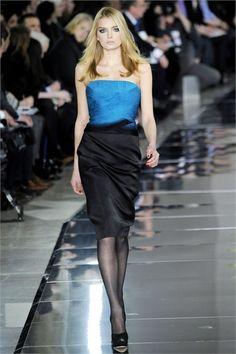 Sfilata Valentino Parigi - Collezioni Autunno Inverno 2009/2010 - Vogue