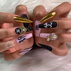 Love your work bro ✨✨✨Chanel lover✨✨✨Done by: Bling Acrylic Nails, Glam Nails, Best Acrylic Nails, Dope Nails, Bling Nails, Beauty Nails, Fabulous Nails, Gorgeous Nails, Pretty Nails