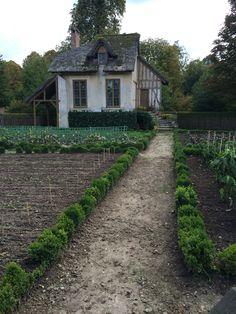 Potsherds, queens hamlet Versailles