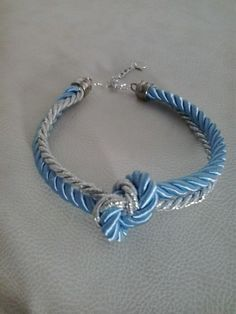 Necklace in light blue and silver
