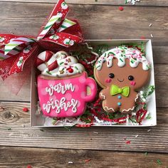 Cocoa shortbread by Christophe Felder - HQ Recipes Cute Christmas Cookies, Christmas Gingerbread, Fun Cookies, Christmas Goodies, Holiday Cookies, Cupcake Cookies, Christmas Treats, Christmas Baking, Holiday Treats