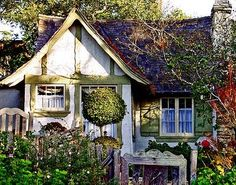 Gretel, a tiny fairy-tale cottage in Carmel, California designed and built next to Hansel by Hugh Comstock for his wife Mayotta's doll business; photo by Alex Beauchamp