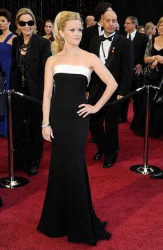 #ReeseWitherspoon #Oscars #RedCarpet