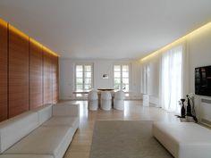 Soldati-House-travertino-marmo-chiaro-interni-pavimenti