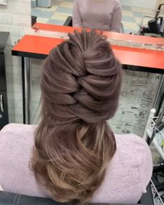Bun Hairstyles For Long Hair, Braided Hairstyles, Mother Of The Groom Hairstyles, Hairstyle Men, Style Hairstyle, Hairstyles 2018, Wedding Hairstyle, Summer Hairstyles, Hair Up Styles