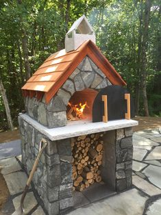 Outdoor Wood-Fired Brick Pizza Oven by BrickWood Outdoors Stone Pizza Oven, Gas Pizza Oven, Build A Pizza Oven, Pizza Oven Kits, Pizza Ovens, Brick Oven Outdoor, Brick Bbq, Outdoor Kitchen Patio, Pizza Oven Outdoor