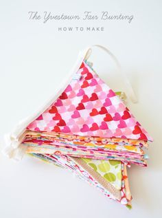 Sewing Project ~ How To Make A Banner ~ so simple ~ The Yvestown Blog diy, craft, tutorial