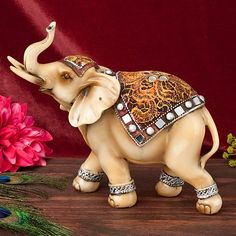 This colorful Elephant Statue is the perfect way to add some character and beauty to your next Indian themed event. Colorful Elephant, Elephant Love, Elephant Art, Elephant Home Decor, Elephants Photos, Elephant Parade, Elephant Sculpture, Elephant Figurines, Indian Elephant