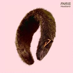 PARIS HEADBAND Green faux mink headband with gold-plated logo. D'Ecó Collection.