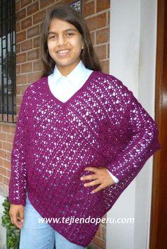 Cómo tejer un poncho con mangas a crochet!
