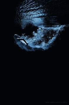 underwater (Maldives) by Taras Perevarukha, via Underwater Art, Underwater Photography, Art Photography, Breathing Underwater, Amazing Photography, Robert Frank, Tropical Paradise, Under The Sea, Maldives