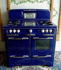Cobalt Blue Vintage Stove.....OMG <3 <3 <3