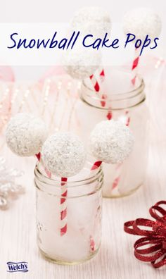 Snowball Cake Pops. Fun  easy for kids to make. Easy holiday treats. Fun cake pop recipes.