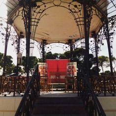 """Este fin de semana """"Liquidación por Cierre"""" de Teatro Che y Moche estará en el Parque de las Marionetas, que se celebra en el Parque Grande (justo al lado del Quiosco de la Música) #pilar15 #pilares2015 #teatro #zaragoza #regalazaragoza #zaragozapaseando #zaragozaturismo #zaragozadestino #miziudad #zaragozeando #mantisgram #magicaragon #loves_zaragoza #loves_aragon #igerszaragoza #igerszgz #igersaragon #instazgz #instamaños #instazaragoza #zaragozamola #zaragozacity #quehacerenzgz"""