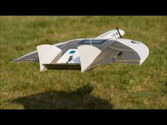 EasyMap and Masterfly UAVs can reduce speed times for landing with out risk of stall. This unique system is called Super Slow Landing Mode. Rc Plane Plans, Radio Controlled Aircraft, Fly Air, Ground Effects, Drone Technology, Drone Photography, Photography Ideas, Aircraft Design, Boat Design