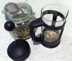Using A French Press To Brew Tea -- except I put the leaves above the plunger and use it as a strainer | Lifehacker Australia