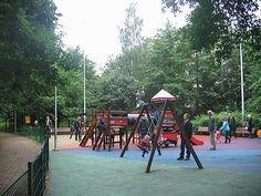 Nowy plac zabaw w parku przy Strumykowej