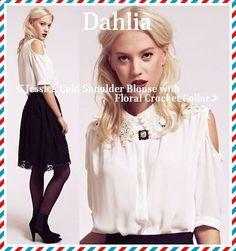セレブ愛用者多数!☆Dahlia(ダリヤ)☆レース襟シフォンブラウス かぎ針編みのレース襟がガーリーな印象のシフォンブラウスになります。  肩のカットアウトデザインでトレンド感もあって、使い勝手のあるアイテムです。