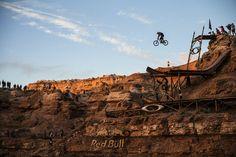 Freeride Mountain Bike, Mountain Biking, Downhill Bike, Move Your Body, Bike Style, Red Bull, Live Life, Monument Valley, Adventure