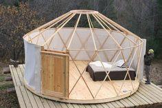 TINY HOUSE TOWN: A 133 sq ft DIY Yurt