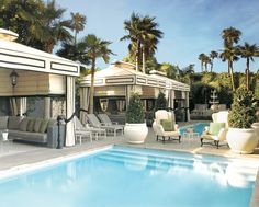 I wish I could have my own cabana in my back yard. As I've said a million times before, I am well suited for cabana style living.