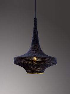 crocheted lamp by Naomi Paul via Dossier37