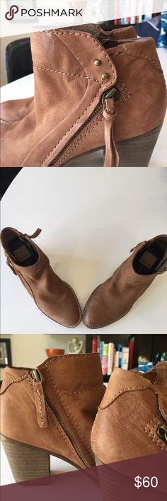 Dolce Vita booties in taupe color Dolce Vita Booties in size 6. Nubuck leather upper with pointed toe and side zippers. Chunky stacked heel and super comfortable. Gently worn and in great condition. Dolce Vita Shoes Ankle Boots & Booties