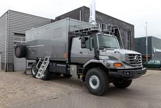 With a dry weight of and a length of the unit will fit trucks as well as trucks with an extended frame. The 20 foot unit has the 6x6 Truck, Truck Camper, Trucks, Container Truck, Overland Trailer, Offroader, Off Road Camper, Expedition Vehicle, Diy Camper