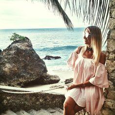 Bali Ayana Rock Bar - alexyvivilifestyle