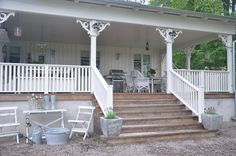 I've always loved big porches Porch Veranda, Porch And Balcony, Pergola, Gazebo, Porches, Farm House Colors, Diy Porch, Outdoor Living, Outdoor Decor