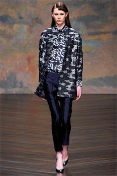Sfilata Michael van der Ham London - Collezioni Autunno Inverno 2013-14 - Vogue